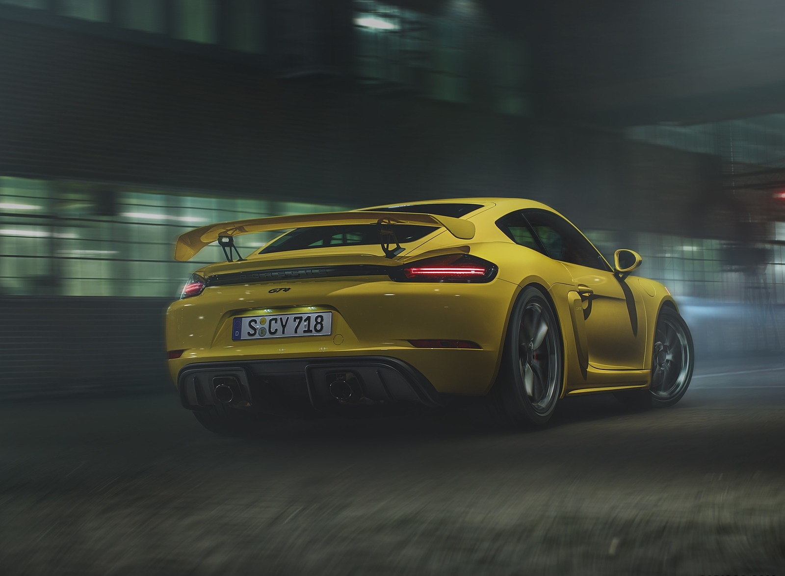 2020 Porsche 718 Cayman GT4 Rear Three-Quarter Wallpapers (4)