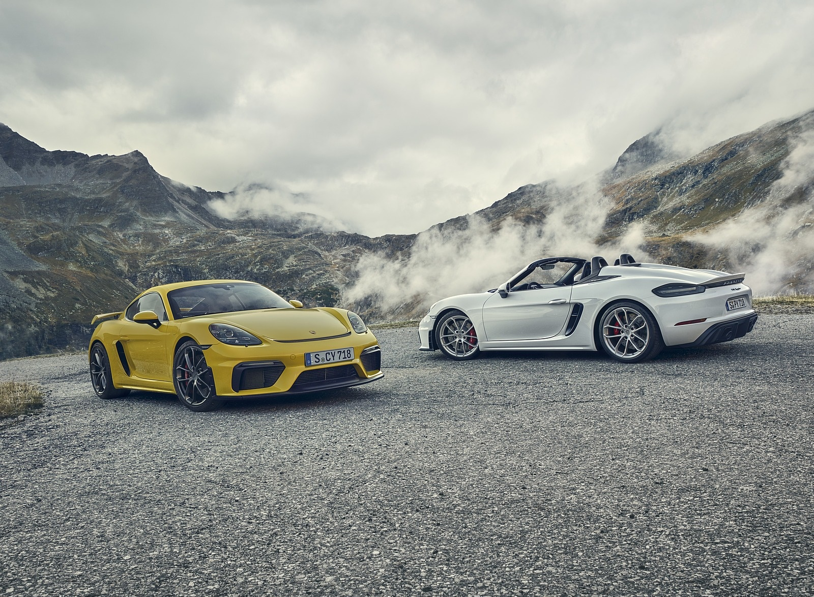 2020 Porsche 718 Cayman GT4 and 718 Spyder Wallpapers (1)