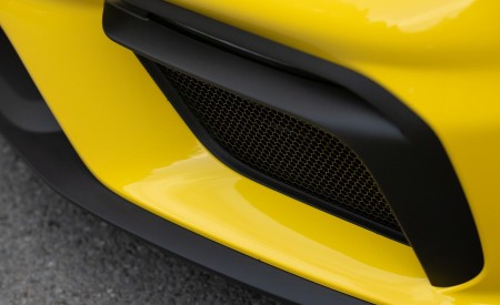 2020 Porsche 718 Spyder (Color: Racing Yellow) Detail Wallpapers 450x275 (62)