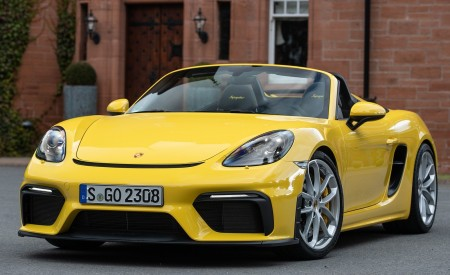 2020 Porsche 718 Spyder (Color: Racing Yellow) Front Three-Quarter Wallpapers 450x275 (48)
