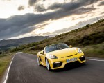2020 Porsche 718 Spyder (Color: Racing Yellow) Front Three-Quarter Wallpapers 150x120 (21)