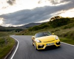 2020 Porsche 718 Spyder (Color: Racing Yellow) Front Wallpapers 150x120 (27)