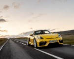 2020 Porsche 718 Spyder (Color: Racing Yellow) Front Wallpapers 150x120 (37)