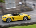 2020 Porsche 718 Spyder (Color: Racing Yellow) Side Wallpapers 150x120 (44)