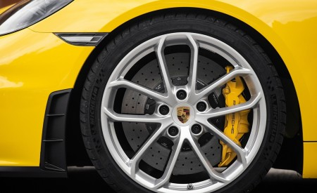 2020 Porsche 718 Spyder (Color: Racing Yellow) Wheel Wallpapers 450x275 (57)