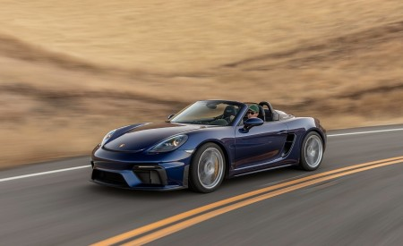 2020 Porsche 718 Spyder Front Three-Quarter Wallpapers 450x275 (2)