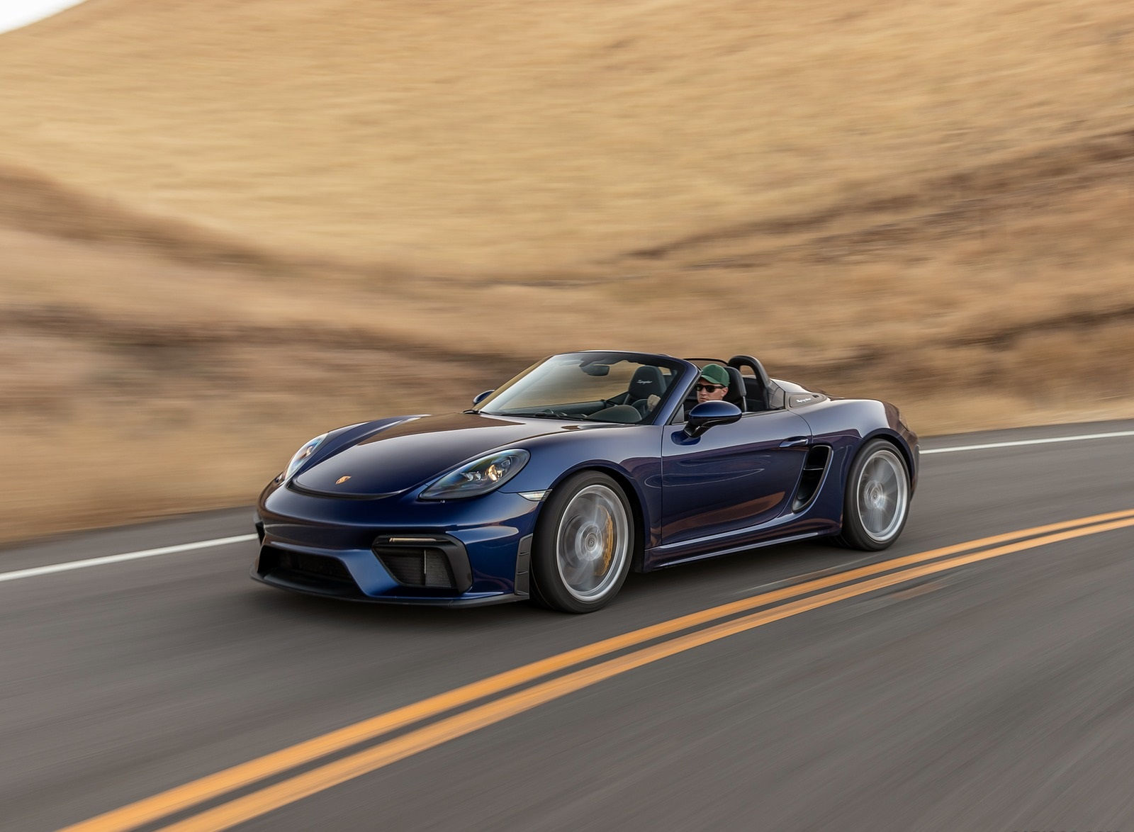 2020 Porsche 718 Spyder Front Three-Quarter Wallpapers (2)