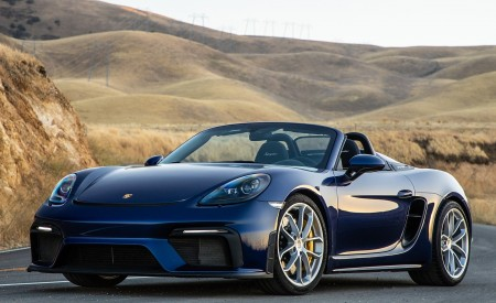 2020 Porsche 718 Spyder Front Three-Quarter Wallpapers 450x275 (6)