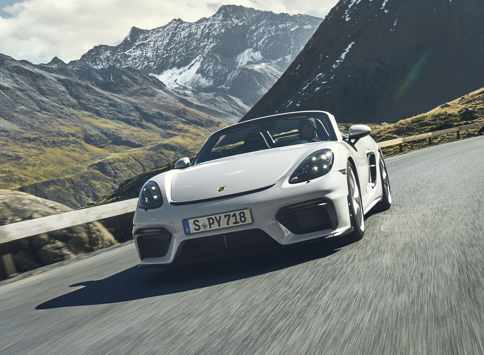 2020 Porsche 718 Spyder Front Wallpapers (1)