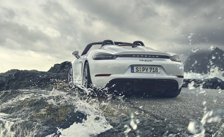 2020 Porsche 718 Spyder Rear Wallpapers 450x275 (255)