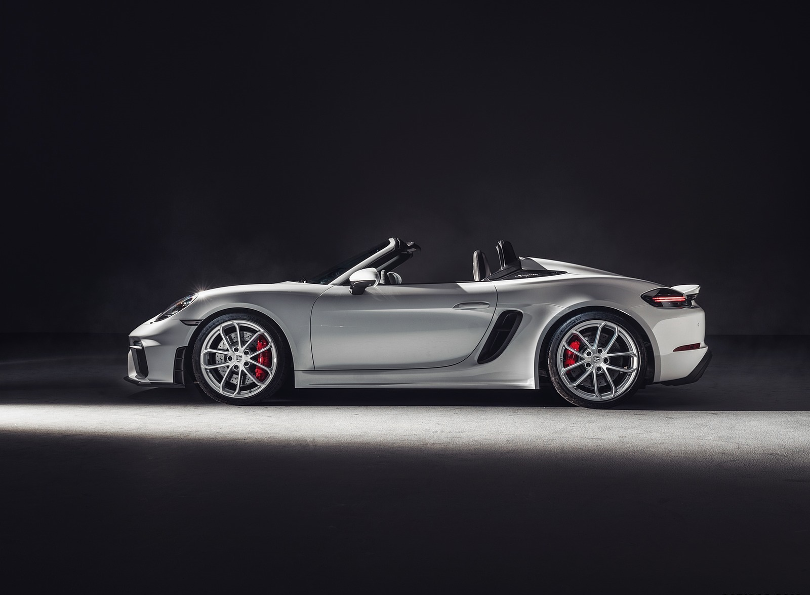2020 Porsche 718 Spyder Side Wallpapers (7)