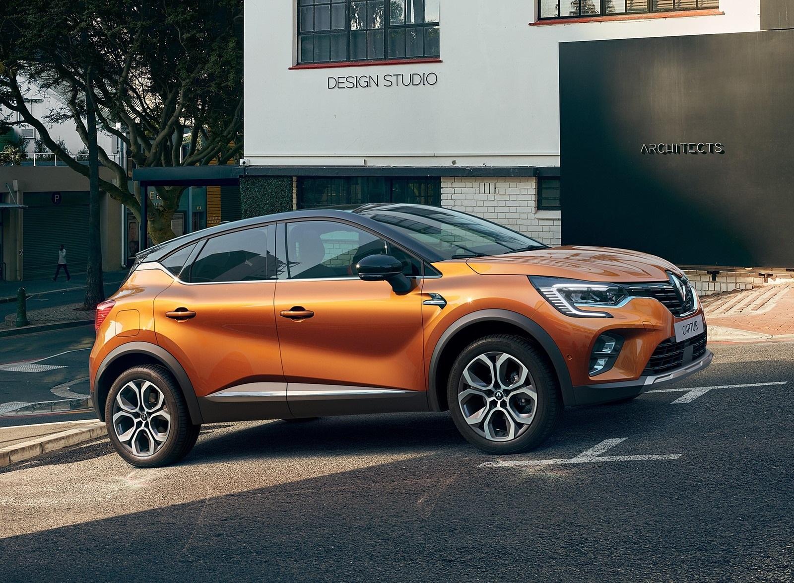 2020 Renault Captur (Color: Atacama Orange) Front Three-Quarter Wallpapers (4)