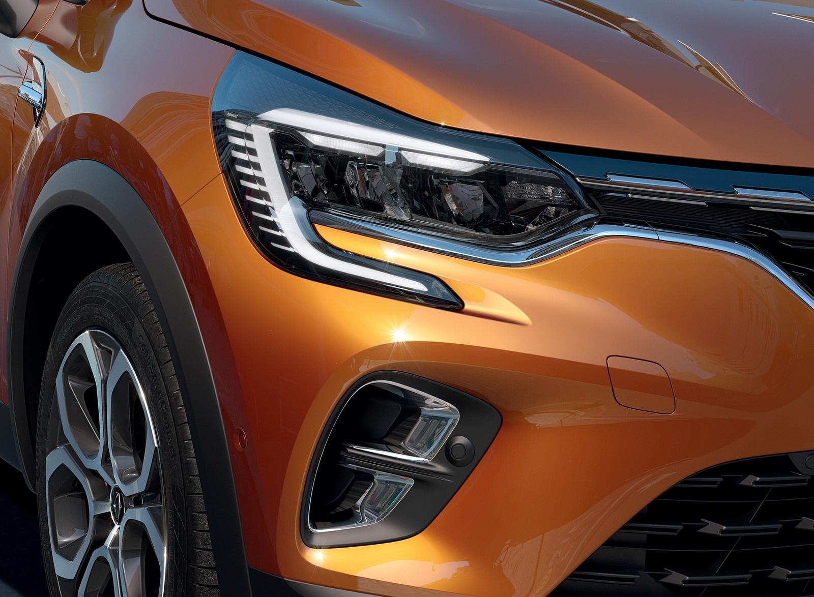 2020 Renault Captur (Color: Atacama Orange) Headlight Wallpapers (7)