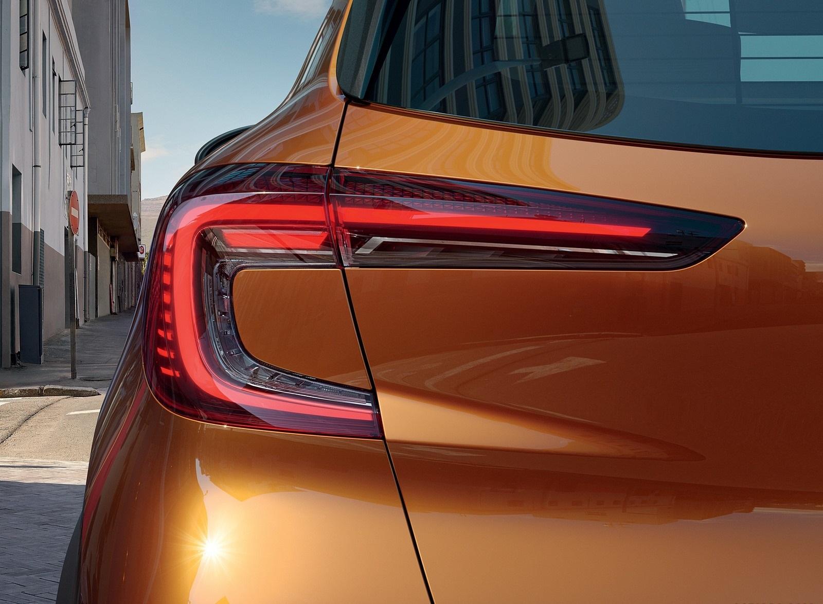 2020 Renault Captur (Color: Atacama Orange) Tail Light Wallpapers (6)