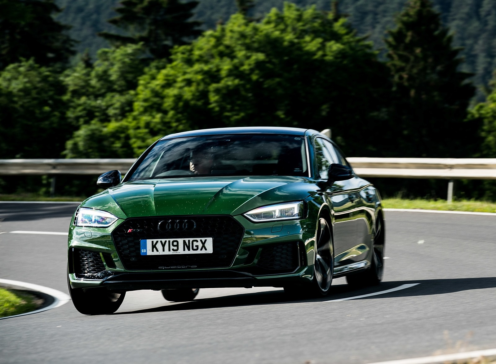2019 Audi RS 5 Sportback (UK-Spec) Front Three-Quarter Wallpapers (1)