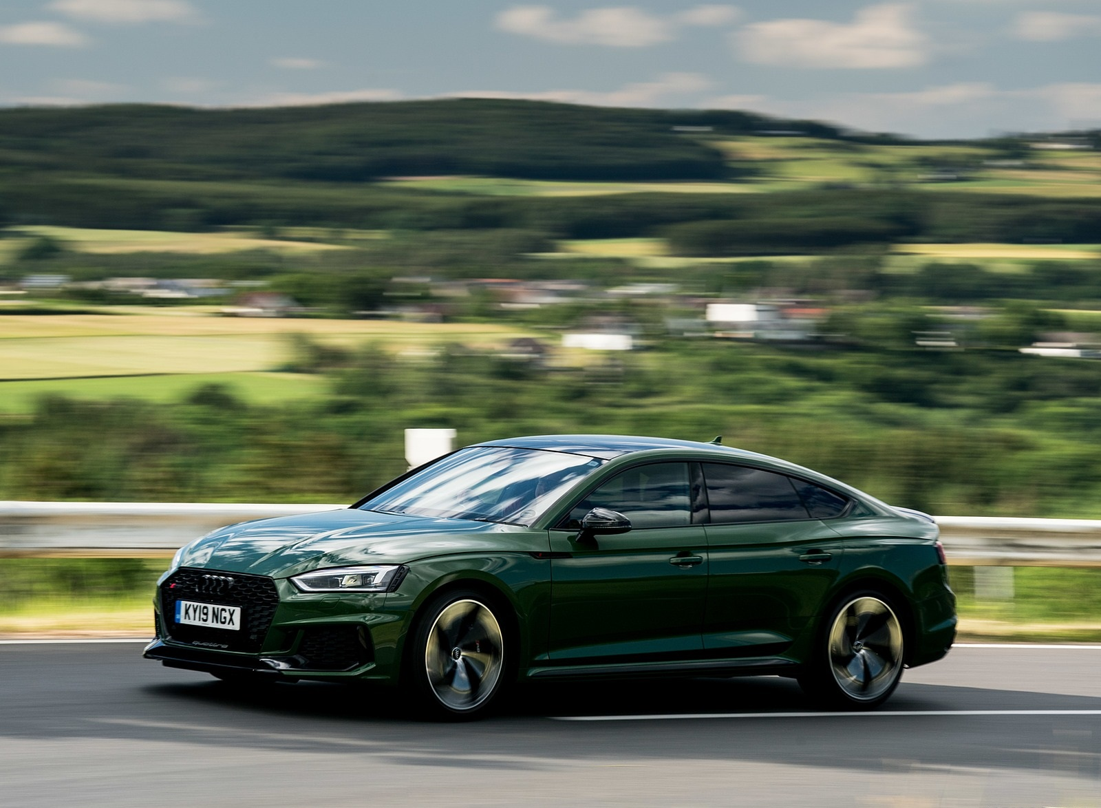 2019 Audi RS 5 Sportback (UK-Spec) Front Three-Quarter Wallpapers (14)