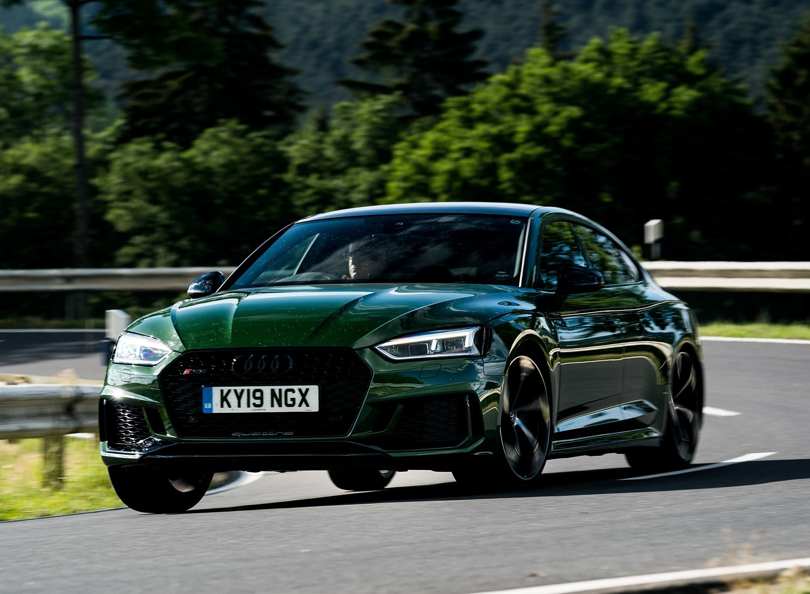 2019 Audi RS 5 Sportback (UK-Spec) Front Three-Quarter Wallpapers (2)