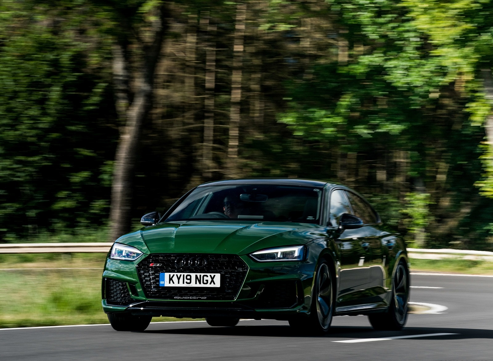 2019 Audi RS 5 Sportback (UK-Spec) Front Three-Quarter Wallpapers (3)