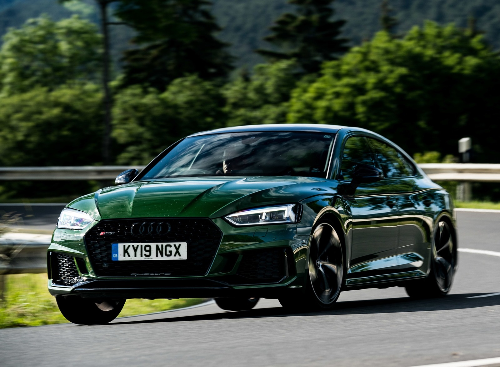 2019 Audi RS 5 Sportback (UK-Spec) Front Three-Quarter Wallpapers (4)