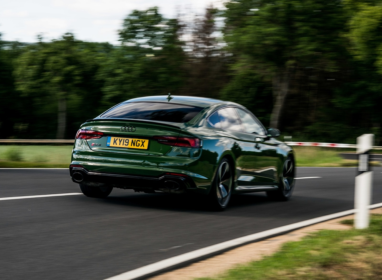2019 Audi RS 5 Sportback (UK-Spec) Rear Three-Quarter Wallpapers (8)