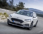 2019 Ford Focus Active Wagon (Color: Metropolis White) Front Three-Quarter Wallpapers 150x120 (1)
