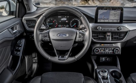 2019 Ford Focus Active Wagon (Color: Metropolis White) Interior Cockpit Wallpapers 450x275 (38)
