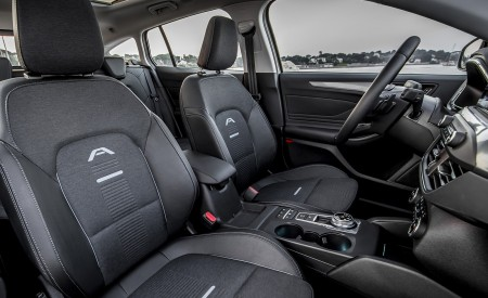 2019 Ford Focus Active Wagon (Color: Metropolis White) Interior Front Seats Wallpapers 450x275 (44)