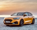 2019 Ford Focus ST (Euro-Spec Color: Orange Fury) Front Three-Quarter Wallpapers 150x120 (36)