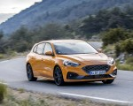 2019 Ford Focus ST (Euro-Spec Color: Orange Fury) Front Three-Quarter Wallpapers 150x120 (14)