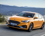 2019 Ford Focus ST (Euro-Spec Color: Orange Fury) Front Three-Quarter Wallpapers 150x120 (4)