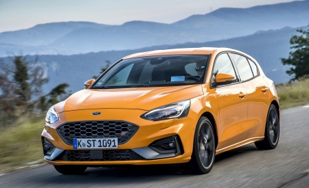2019 Ford Focus ST (Euro-Spec) Wallpapers HD