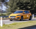 2019 Ford Focus ST (Euro-Spec Color: Orange Fury) Front Three-Quarter Wallpapers 150x120 (30)