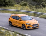 2019 Ford Focus ST (Euro-Spec Color: Orange Fury) Front Three-Quarter Wallpapers 150x120 (15)