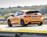 2019 Ford Focus ST (Euro-Spec Color: Orange Fury) Rear Three-Quarter Wallpapers 150x120 (34)