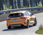 2019 Ford Focus ST (Euro-Spec Color: Orange Fury) Rear Three-Quarter Wallpapers 150x120 (35)