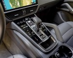 2019 Porsche Cayenne E-Hybrid (US-Spec) Central Console Wallpapers 150x120 (36)