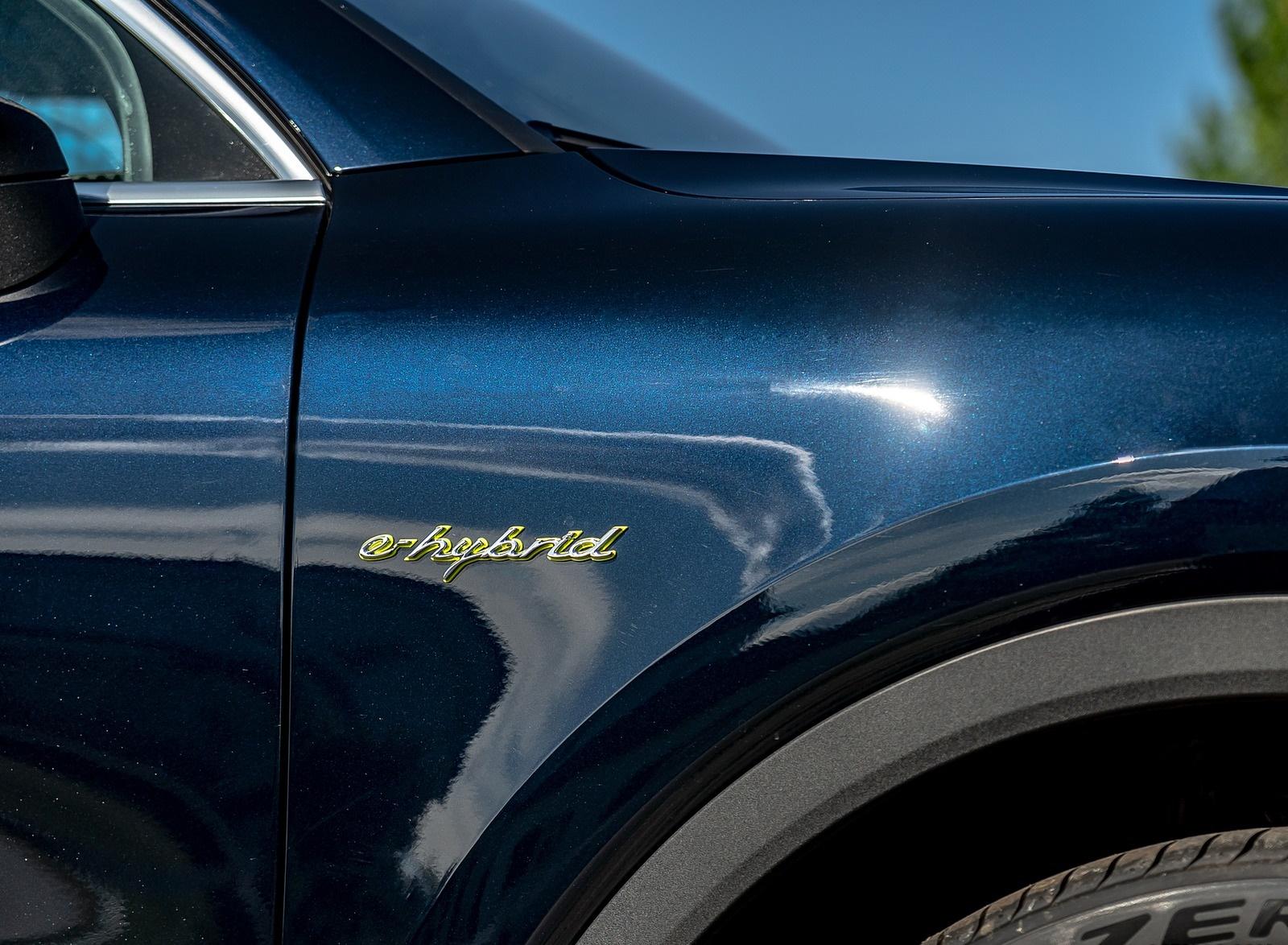 2019 Porsche Cayenne E-Hybrid (US-Spec) Detail Wallpapers #25 of 37