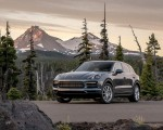 2019 Porsche Cayenne E-Hybrid (US-Spec) Front Three-Quarter Wallpapers 150x120 (18)