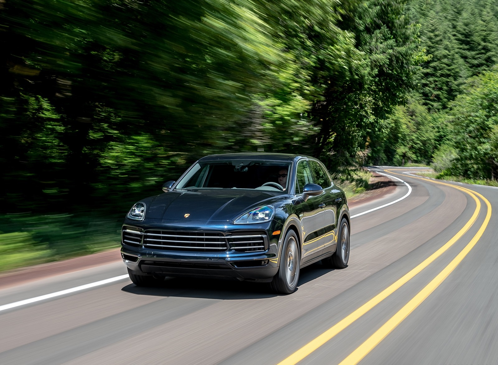 2019 Porsche Cayenne E-Hybrid (US-Spec) Front Wallpapers (7)