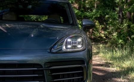 2019 Porsche Cayenne E-Hybrid (US-Spec) Headlight Wallpapers 450x275 (24)