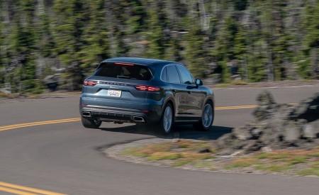 2019 Porsche Cayenne E-Hybrid (US-Spec) Rear Three-Quarter Wallpapers 450x275 (11)