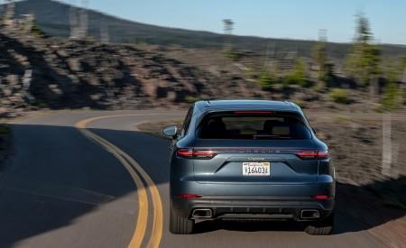 2019 Porsche Cayenne E-Hybrid (US-Spec) Rear Wallpapers 450x275 (13)