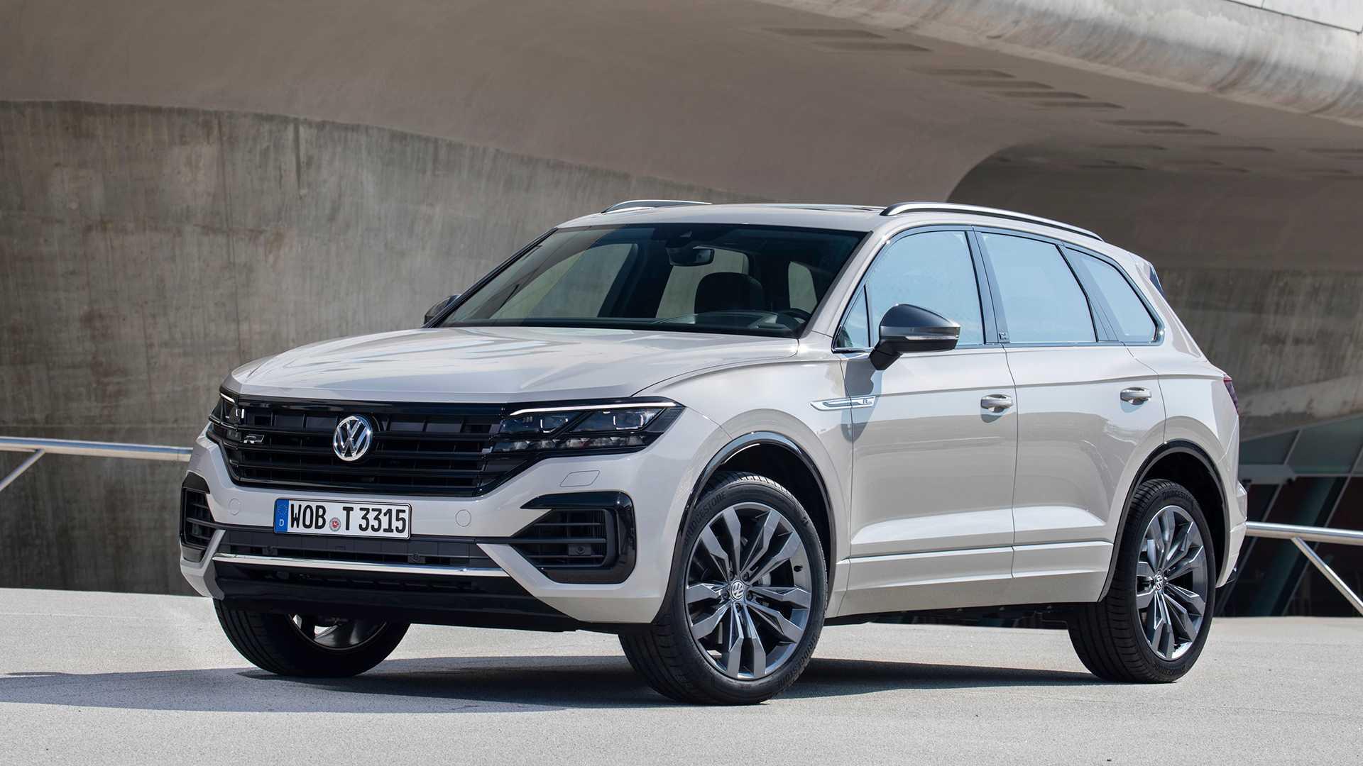 2019 Volkswagen Touareg ONE Million Front Three-Quarter Wallpapers (1)