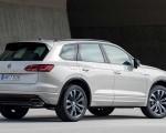 2019 Volkswagen Touareg ONE Million Rear Three-Quarter Wallpapers 150x120 (28)