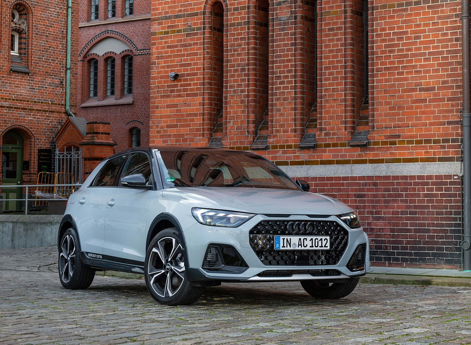 2020 Audi A1 Citycarver (Color: Arrow Gray) Front Three-Quarter Wallpapers (9)
