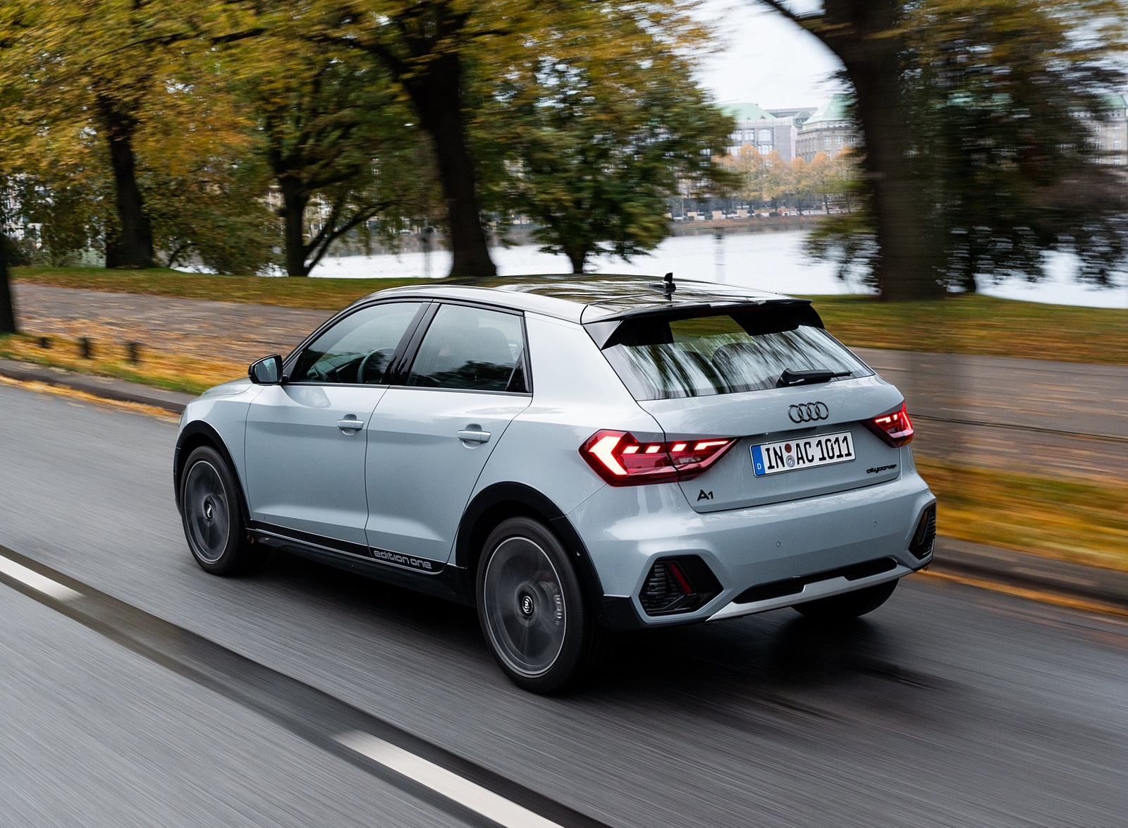 2020 Audi A1 Citycarver (Color: Arrow Gray) Rear Three-Quarter Wallpapers (4)