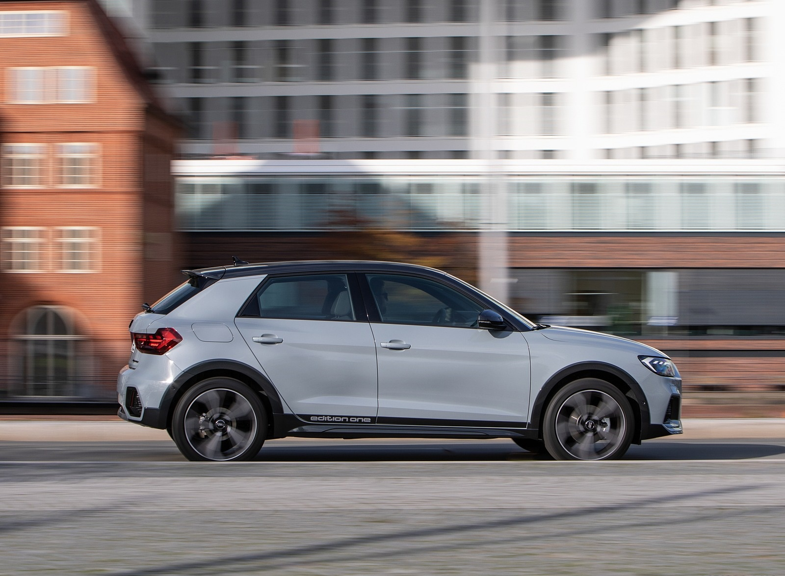 2020 Audi A1 Citycarver (Color: Arrow Gray) Side Wallpapers (7)