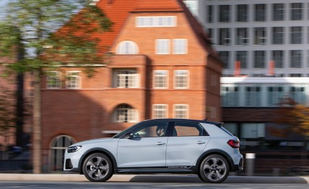 2020 Audi A1 Citycarver (Color: Arrow Gray) Side Wallpapers 450x275 (8)