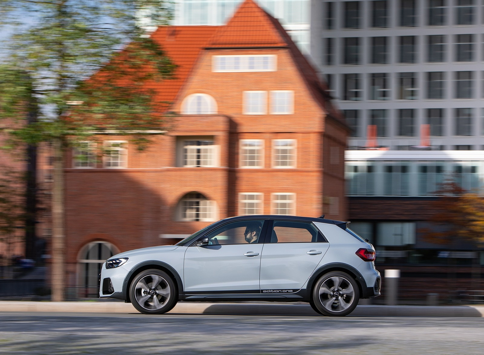 2020 Audi A1 Citycarver (Color: Arrow Gray) Side Wallpapers (8)