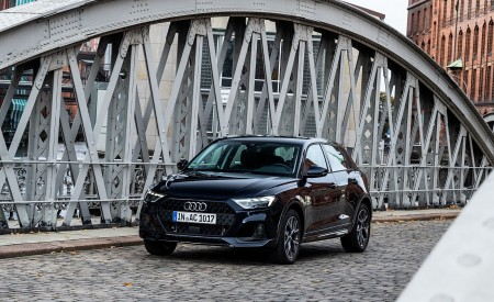 2020 Audi A1 Citycarver (Color: Firmament Blue) Front Three-Quarter Wallpapers 450x275 (17)